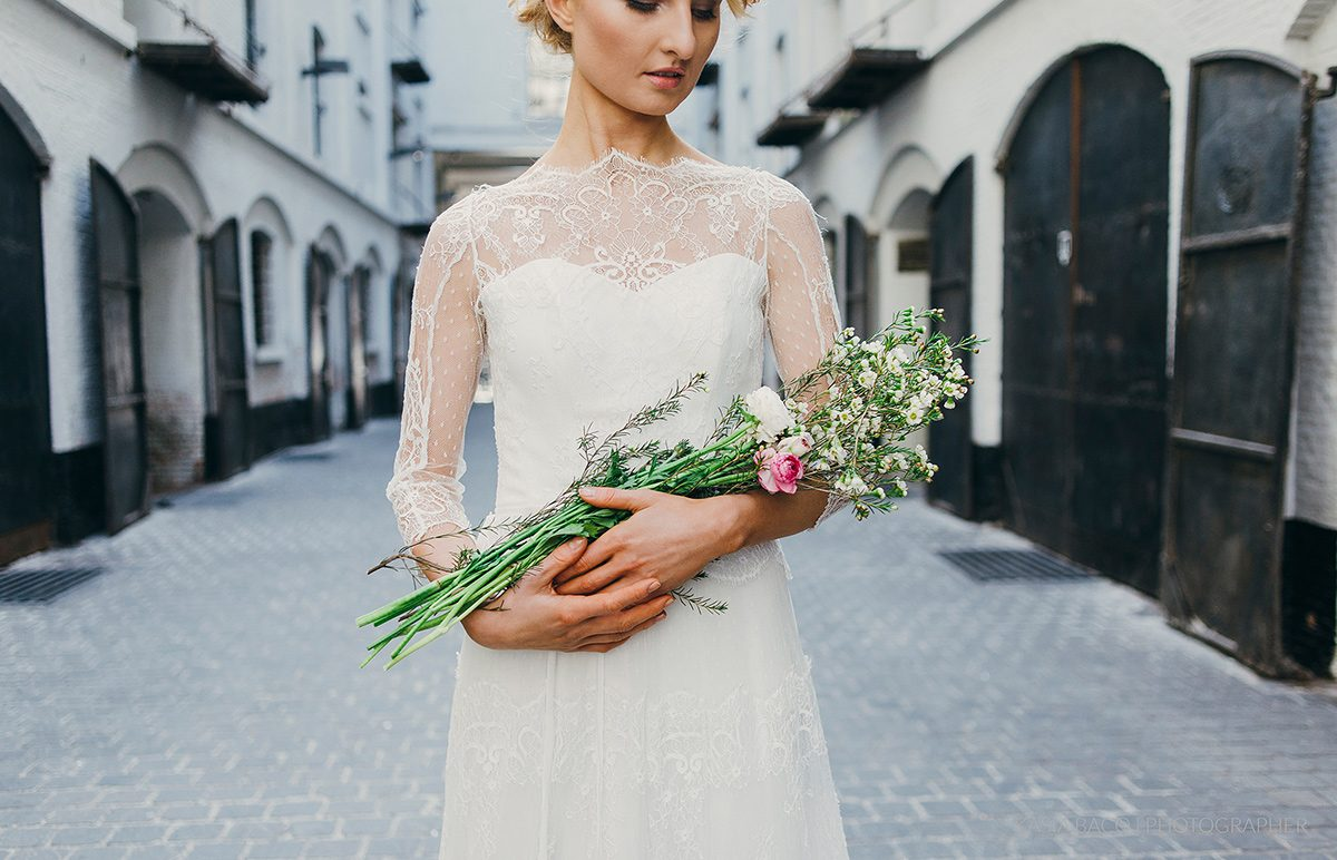 Copper Botanical Urban Wedding Kasia Bacq-04