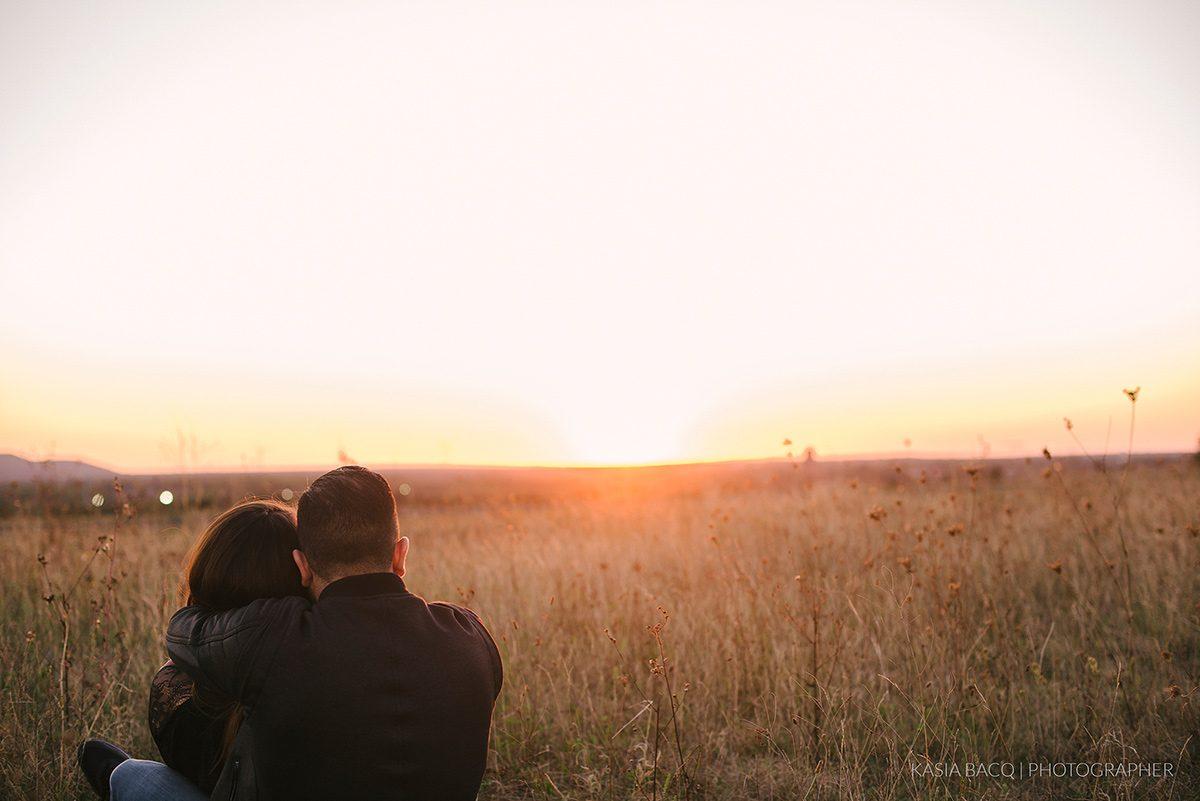 valeria-davide-sunset-engagement-genk-kasia-bacq-17