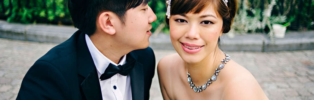Brussels Wedding Photographer | Gatsby inspired engagement shoot in Brugge